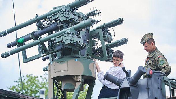 Надежда Савченко не прекращает воевать