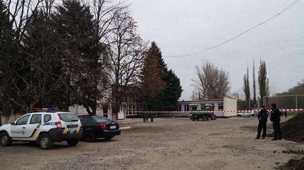 Возле вокзала полиция обнаружила тротиловые шашки
