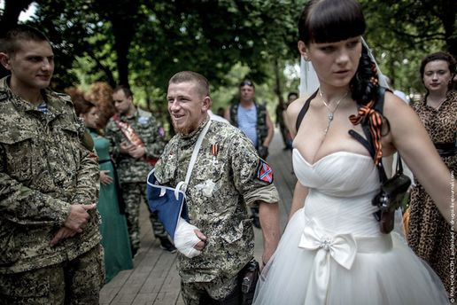 Весілля бойовика
