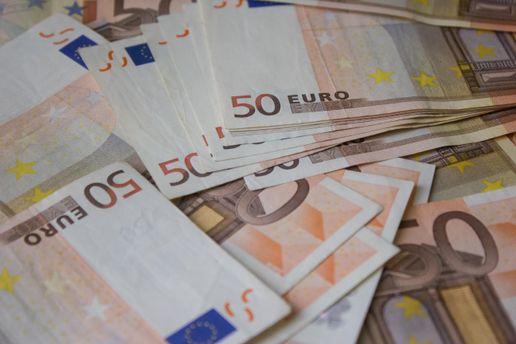 Євро відвойовує втрачені позиції
