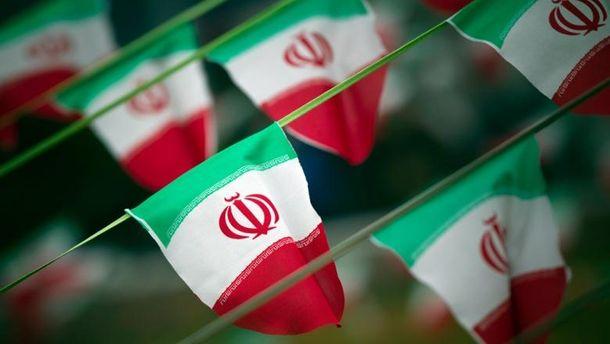 США продовжили санкції проти Ірану