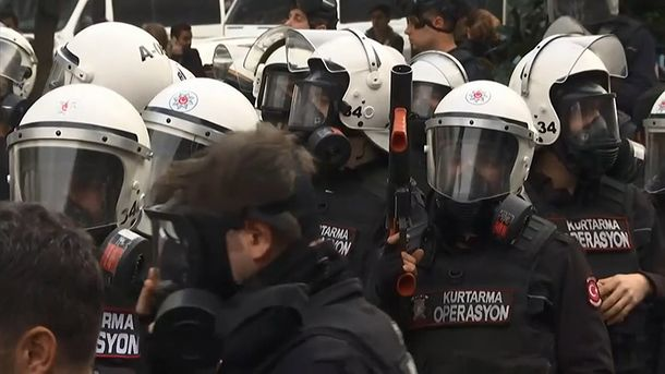Полиция разогнала митинг