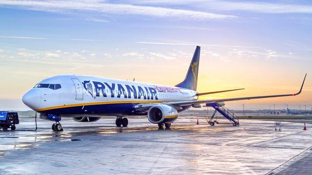 Самолет Ryanair