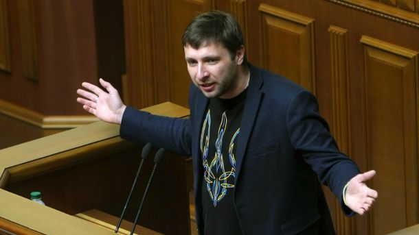 Нардеп Парасюк згадав, що йому приніс Миколай