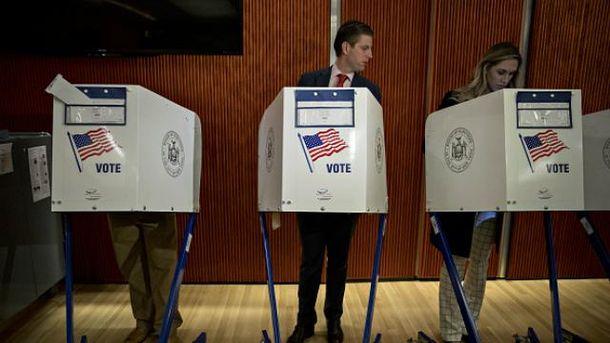 Сын Трампа уже проголосовал