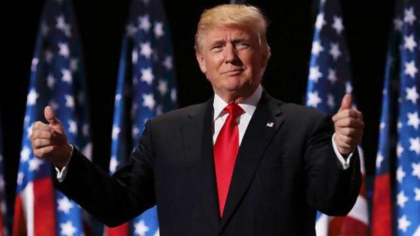 Трамп виривається вперед