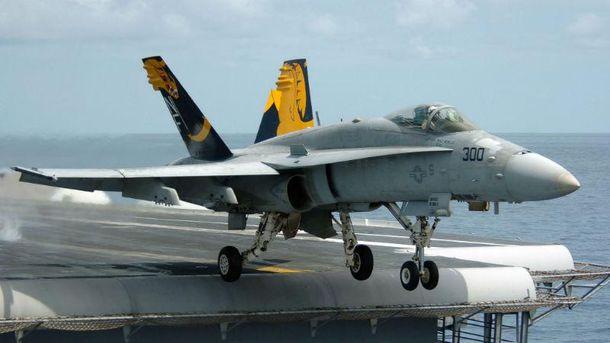 Винищувач  F/A-18 Hornet (Ілюстрація)
