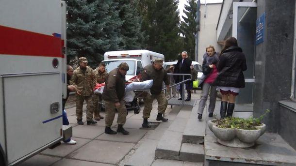 Поранених бійців привезли у Вінницю