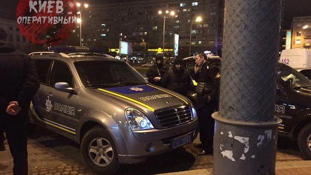 У Києві затримали авто із зброєю