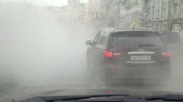 В центре Киева уже образовались пробки