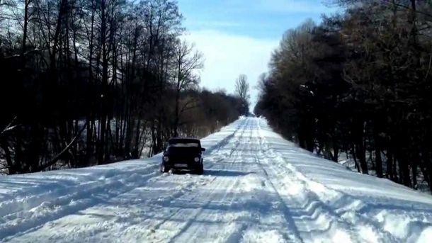 Засніжена дорога
