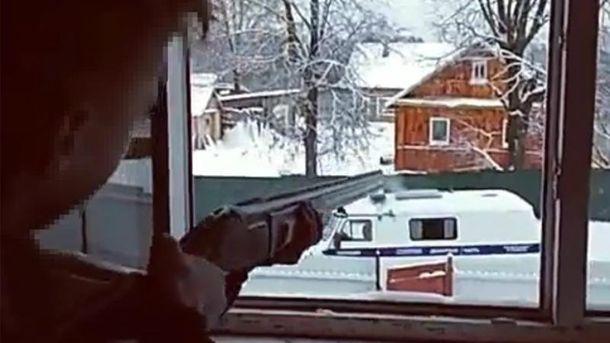 Подростки обстреляли полицейских и покончили жизнь самоубийством