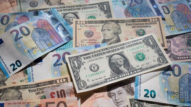Доллар продолжает расти на наличном рынке