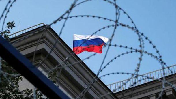 Предателям остается только Россия