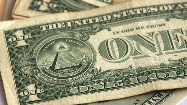 Долар ніяк не припинить рости