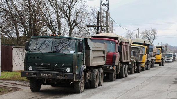 Водители грузовиков протестуют на Днепровщине