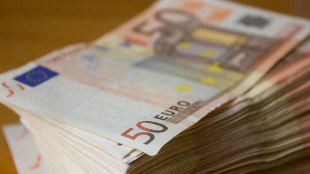 Доллар и евро существенно сдали позиции