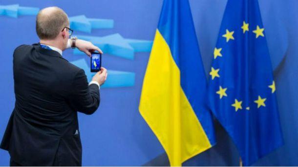 В ЕС снова тянут с безвизом  для украинцев