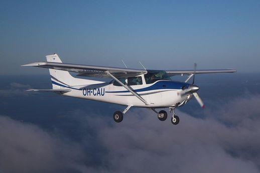 Літак Cessna 172