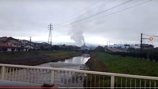 Цунами вызвало мощное землетрясение