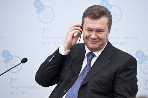 Чому Янукович хоче виступити публічно?