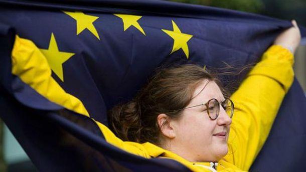 Мы можем предоставить Украине безвиз до конца года,  – президент Еврокомиссии