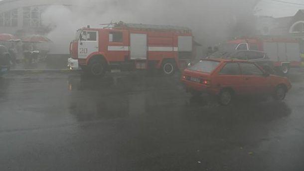 Спасатели не могут добраться до источника воспламенения (иллюстрация)