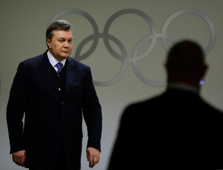 Януковича могли вбити іноземці