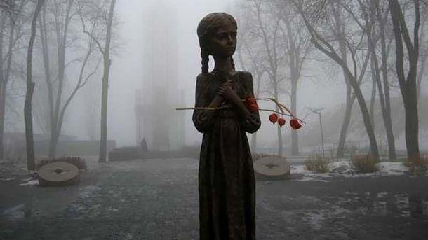 Як від Голодомору, так і від війни постраждали тисячі українців