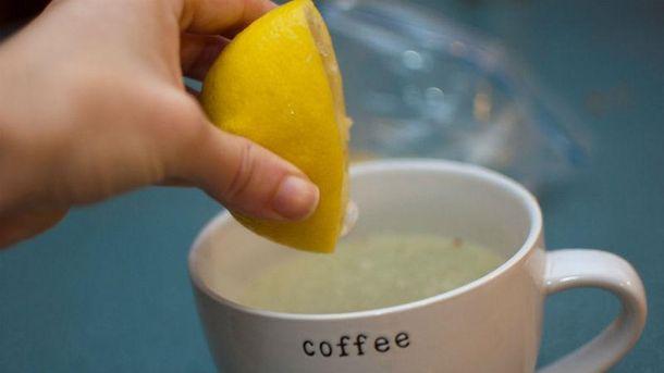 Вода с лимоном имеет немало полезных свойств