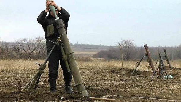 Террористы продолжают лупить из запрещенного оружия