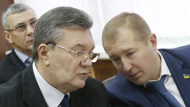 Янукович не смог вспомнить 54 беседы с Медведчуком