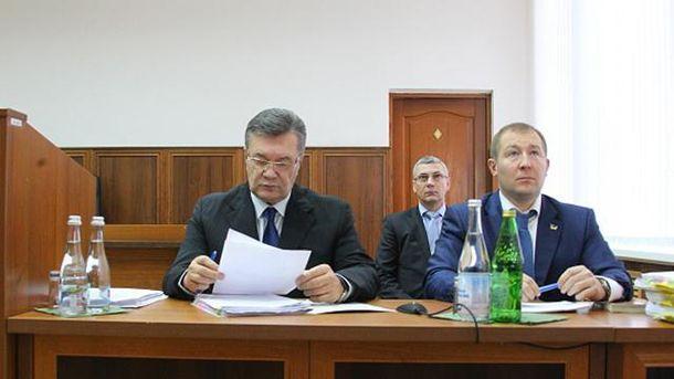 Виктор Янукович на допросе