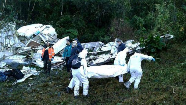 Выжило в страшной аварии 6 человек
