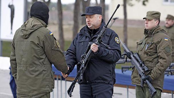 Александр Турчинов гордится современной украинской армией