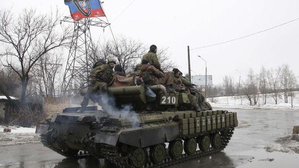 Терористи на Донбасі вкотре використовують танки