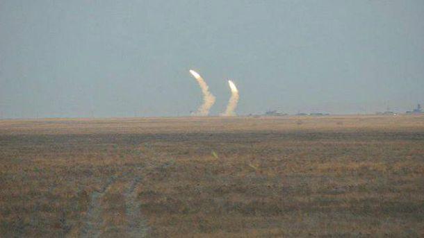 Ракетні навчання відбувались біля кордону з окупованим Кримом