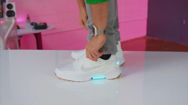 Кросівки