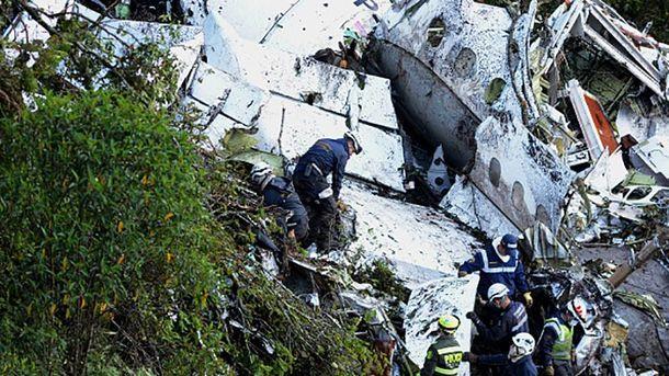 Последствия авиакатастрофы в Колумбии