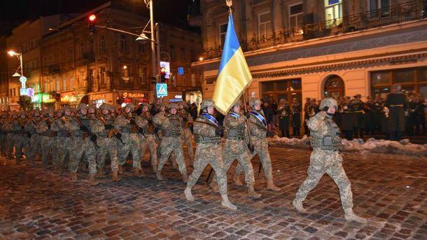 Військові готуються до параду