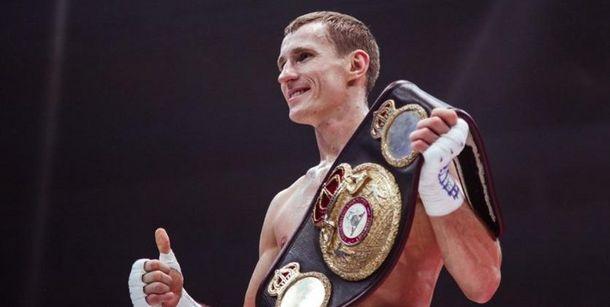 Экс-чемпион IBO и IBF Эдуард Трояновский