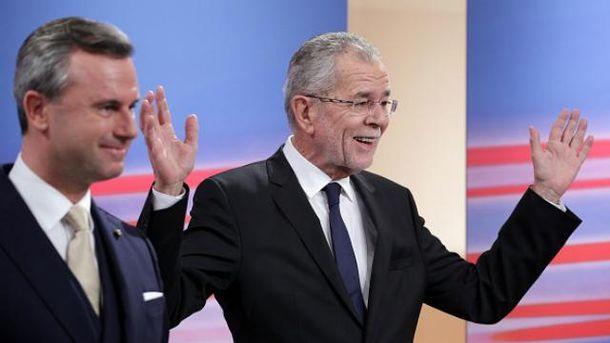 За попередніми результатами, вибори виграє 72-річний Ван дер Беллен