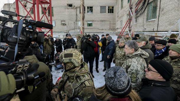 Не всіх журналістів у Слов'янську впустили до Порошенка
