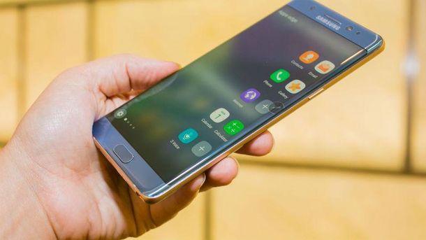 Фахівці назвали причину самозаймання Samsung Note 7