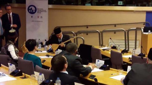 Кримськотатарська музика в Європарламенті