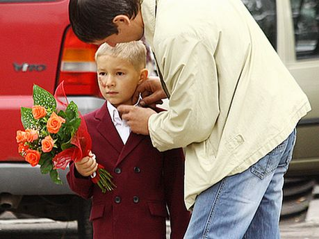Украинцы реже доверяют отцу, чем матери