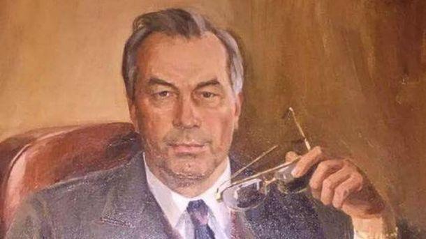 Серед знахідок - портрет Азарова