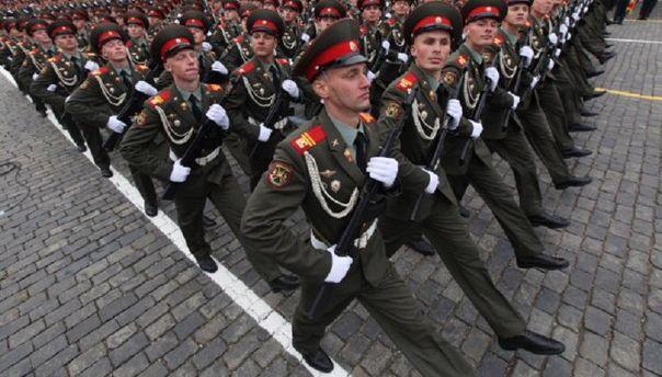 Россия тратит четверть бюджета на оборону