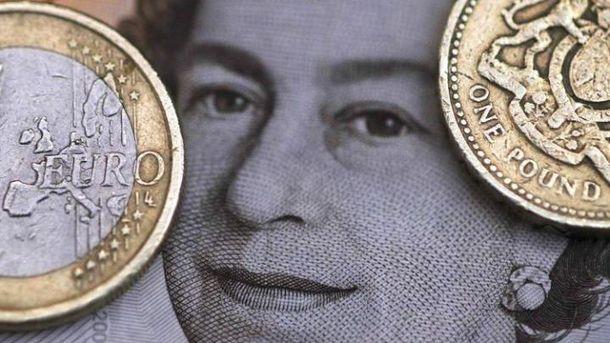 Brexit вдарить по бюджету британців