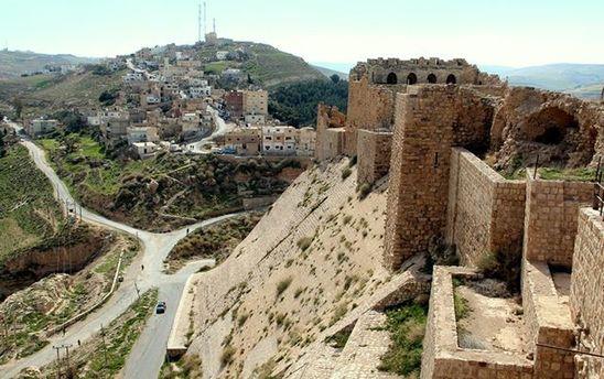 Крепость в городе Эль-Карак